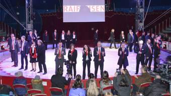 Die Angestellten der Raiffeisenbank Regio Frick liessen es sich nicht nehmen, an der Generalversammlung im Circus Nock selbst in die Manege zu steigen. Horatio Gollin