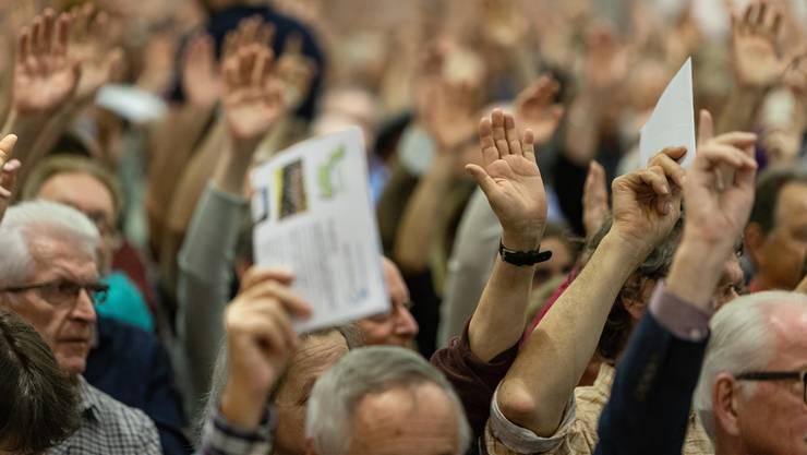 Sollen Ausländerinnen und Ausländer auf Gemeindeebene abstimmen dürfen? (Symbolbild)