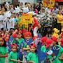 Der Umzug steht im Zentrum des traditionellen Jugendfests – hier der Umzug der Schüler am Fest im Juni 2017. az-archiv