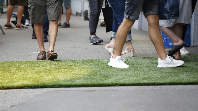 Der rote Teppich bei den Fussballlichtspielen in St.Gallen ist grün.