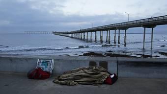 Rund vier Millionen junge US-Amerikaner haben keine eigene Wohnung - einige von ihnen müssen auf der Strasse schlafen, andere kommen bei Freunden unter. (Archiv)