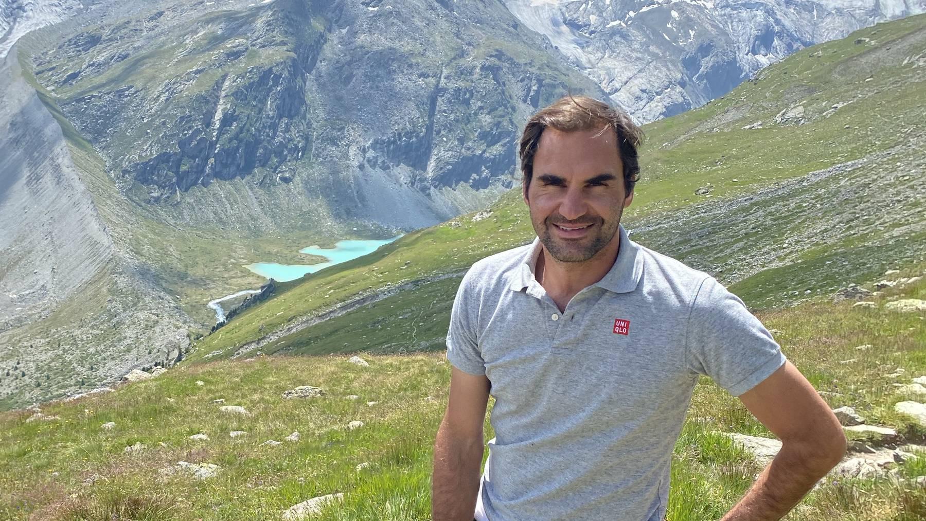 RF hiking Swiss Alps; ©Roger Federer