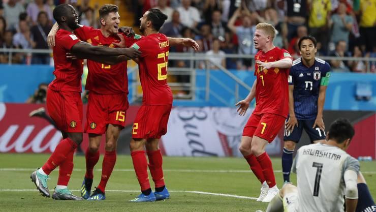 Die Belgier jubeln über den Sieg und den Viertelfinaleinzug.