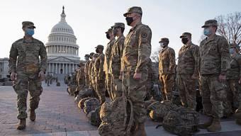 Soldaten prägen das Stadtbild: Washington gleicht in den Tagen vor Joe Bidens Amtseinführung einem Militärstützpunkt.