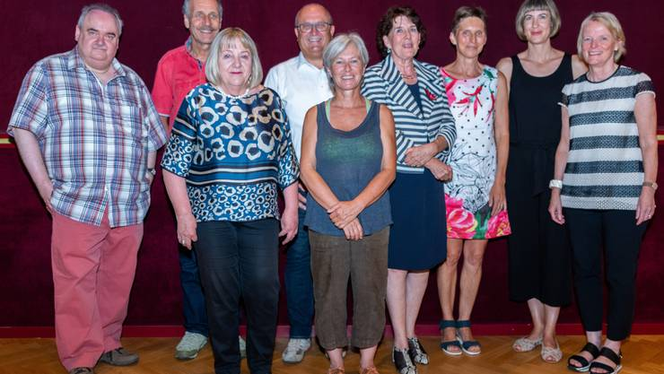 Fast 150 Dienstjahre verlassen das BBZ Olten im Sommer 2019. Georg Berger, Direktor BBZ Olten, verabschiedete die austretenden Kolleg/-innen am 2. Juli 2019.
