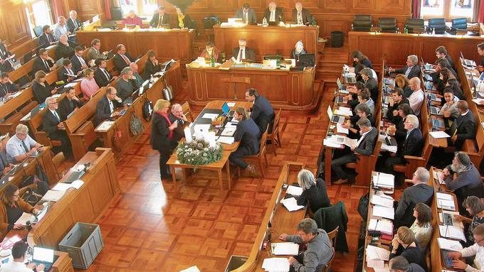 Neben dem künftigen Steuerfuss gaben auch die Löhne des Staatspersonals gestern im Kantonsrat zu reden.