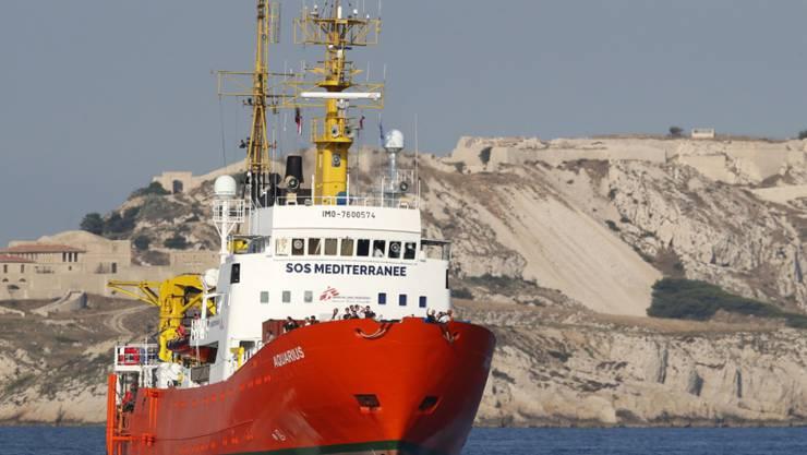 """Die """"Aquarius"""", eines der letzten im Mittelmeer verbliebenen humanitären Rettungsschiffe, ist wieder unterwegs Richtung libysche Küste. (Archiv)"""