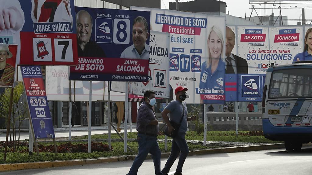 18 Bewerber für einen Job: Peruaner wählen neuen Präsidenten