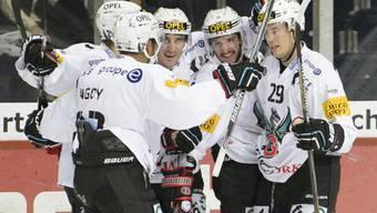 Fribourg-Gottéron läuft es derzeit ausgezeichnet. Die Freiburger bezwangen die ZSC Lions mit 4:3 nach Penaltyschiessen und bleiben auch im vierten Spiel ungeschlagen