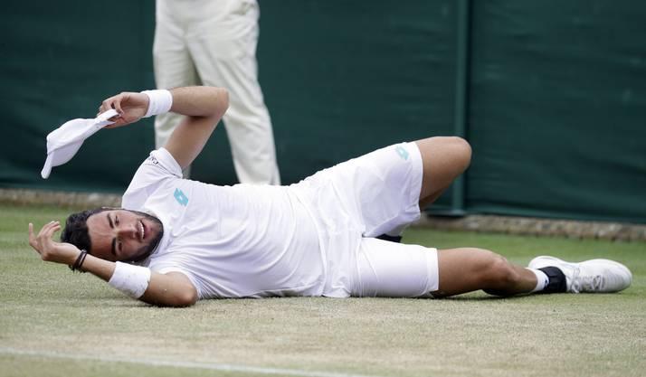 Auch im zweiten Satz muss sich Matteo Berrettini Federer geschlagen geben - diesmal mit 2:6.