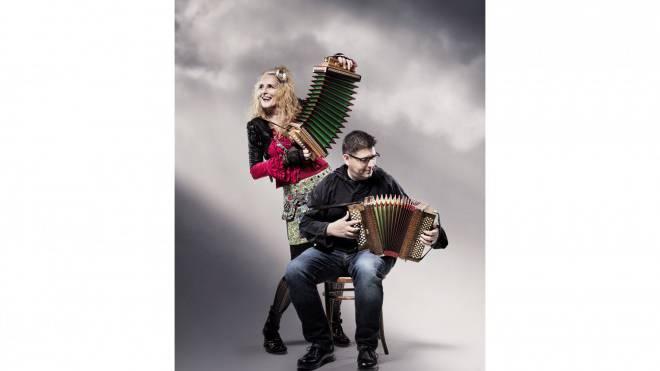 Musikalische Meuterer: Christine Lauterburg und Markus Flückiger mischten die Ländlerfreunde auf. Foto: kulturwerk.ch
