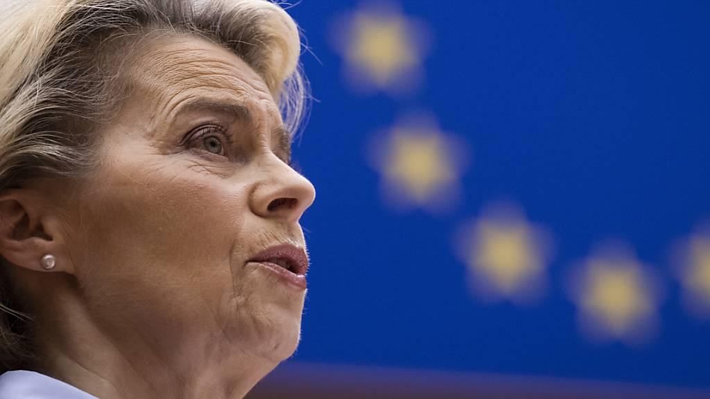 Von der Leyen für EU-weiten Impf-Start am selben Tag
