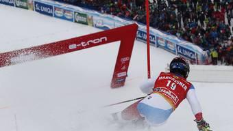 Loïc Meillard im Dezember 2018 kurz vor dem Ziel des Weltcup-Slaloms in Saalbach-Hinterglemm