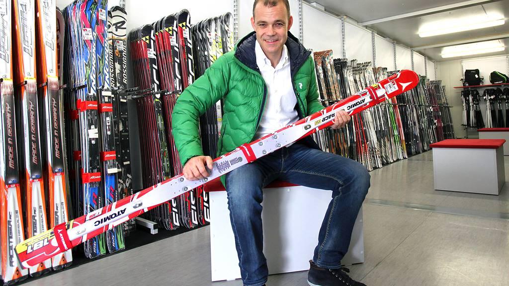Bei Otto's gibt es neu auch Ski