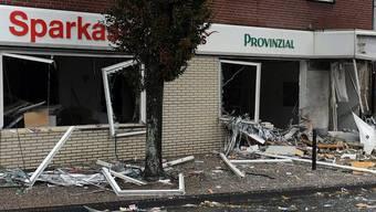 Die Bankfiliale wurde durch die Explosion völlig zerstört