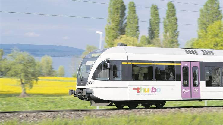Geht es nach den Initianten, sollen dereinst leichte Züge – wie etwa der Thurbo-Zug von Stalder Rail – von Winterthur über Bülach und Koblenz nach Basel verkehren.