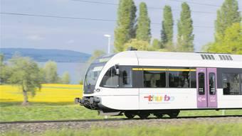 Geht es nach den Initianten, sollen dereinst leichte Züge – wie etwa der Thurbo-Zug von Stalder Rail – von Winterthur über Bülach und Koblenz nach Basel verkehren.Ralph Ribi