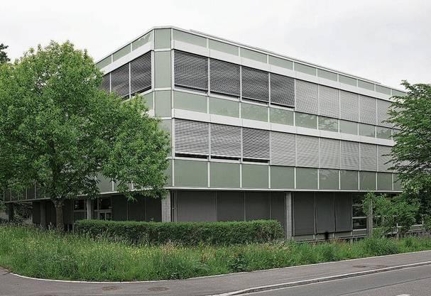 Ausbaukandidatin I: Neue Kantonsschule Aarau. Ausbaukandidatin II: Kantonsschule Wohlen.