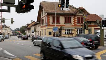 Die Platzverhältnisse beim Kreuzplatz lassen kaum sinnvolle Lösungen für den Verkehr zu.