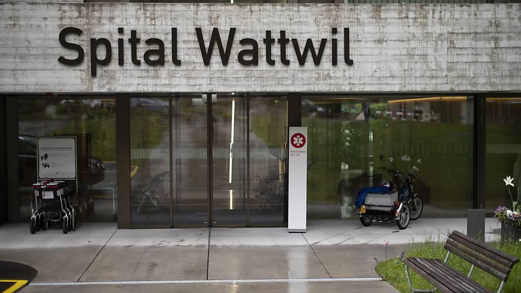 Nach der Referendumsabstimmung ist klar, dass das öffentliche Spital in Wattwil geschlossen wird. (Archivbild)