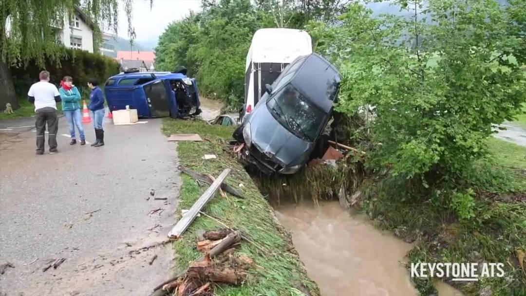 Grosse Schäden und vier Verletzte nach Unwetter im Val-de-Ruz