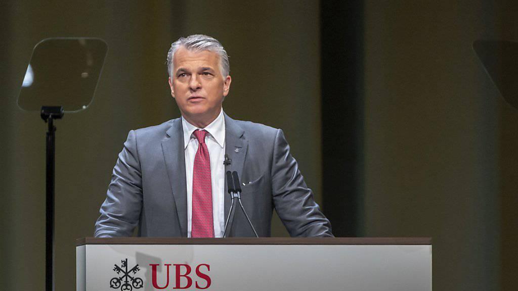 Schlechte Nachricht für Sergio Ermotti: Die Aktionäre verweigern der Konzernspitze die Entlastung.