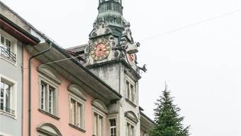 Einwohner- und Ortsbürgergemeinde rücken ihre Verwaltungen näher zusammen. Hier das Rathaus mit der Verwaltungszentrale der Einwohnergemeinde. Sandra Ardizzone