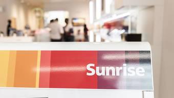Der Kurs der Sunrise-Aktie sank auf 70,20 Franken, was einem Minus von über 13 Prozent entsprach. (Archivbild)