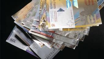Lohnunterbietungen sind im Visier der Tripartiten Kommission (TPK). Doch jetzt gerät die TPK ins Visier der Politik.key