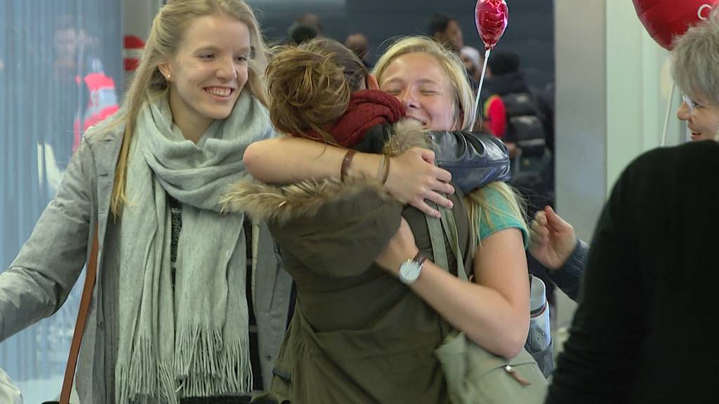 Grosse Wiedersehen am Flughafen Kloten pünktlich zu Heiligabend