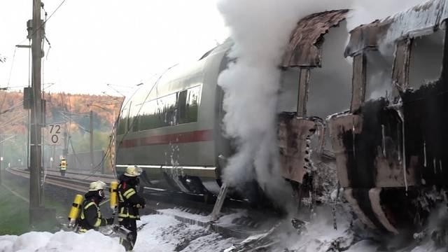 Brand: Über 500 Passagiere aus ICE evakuiert