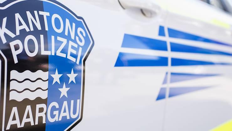 Die Kantonspolizei Aargau nahm den Junglenker seinen Führerausweis vorläufig ab. (Archivbild)