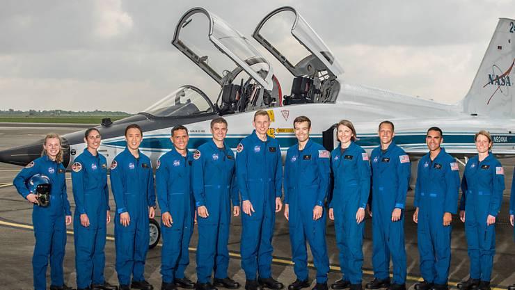 Die US-Raumfahrtbehörde NASA hat ihre neuen Astronauten vorgestellt. Die fünf Frauen und sieben Männer wurden aus über 18'000 Bewerbern ausgesucht.