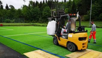 Die Betriebszeiten der drei Fussballfelder sind umstritten – insbesondere die Zeiten, während denen die Rasen bewässert werden dürfen.