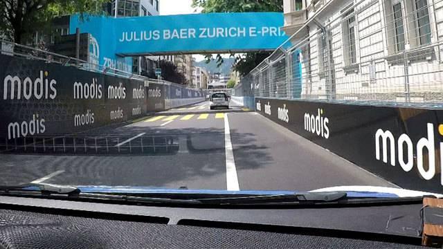 Mit 120 km/h durch die 50er-Zone: Mit dem E-Smart über die Formel-E-Rennstrecke