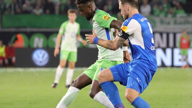 Brachte Wolfsburg 1:0 in Führung: Divock Origi (li.)