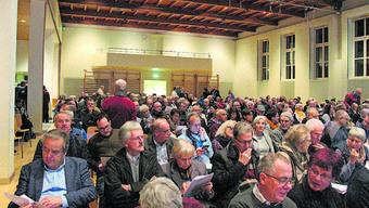 Volles Haus: Die Veranstaltung der Oase-Gegner lockte viele Besucher an.