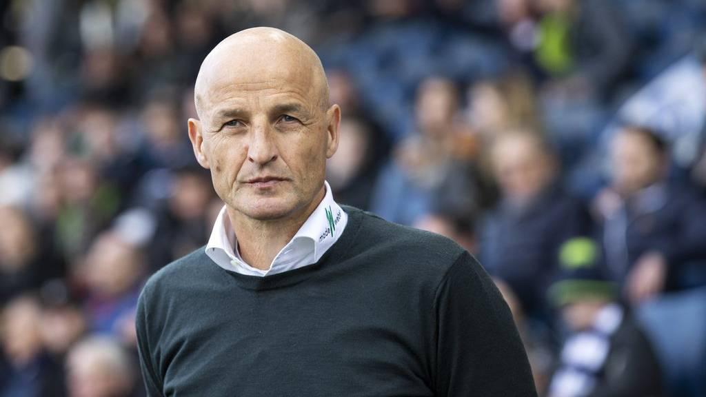 Trainer Peter Zeidler blickt zuversichtlich auf den Match gegen den FC Luzern am Samstagabend im Kybunpark in St.Gallen.