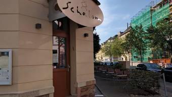Nach einem Bericht der Zeitung «Welt am Sonntag» ist in der sächsischen Stadt am Abend des 27. August das koschere Restaurant «Schalom» angegriffen worden
