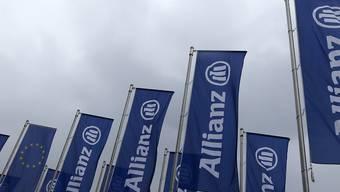 Fahne des Versicherers Allianz (Archivbild).