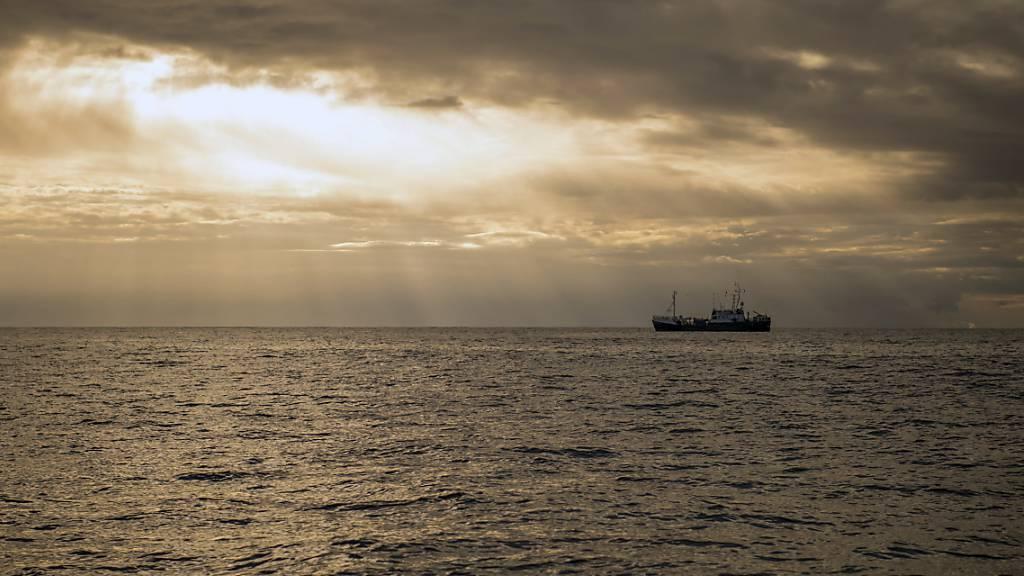 Schweizer Hochseeschifffahrt: Die Berner Justiz hat in der Affäre um Bundesbürgschaften für die Schweizer Hochseeflotte Anklage gegen einen 66-jähriger Reeder erhoben, wie sie am Montag mitteilte. (Symbolbild)