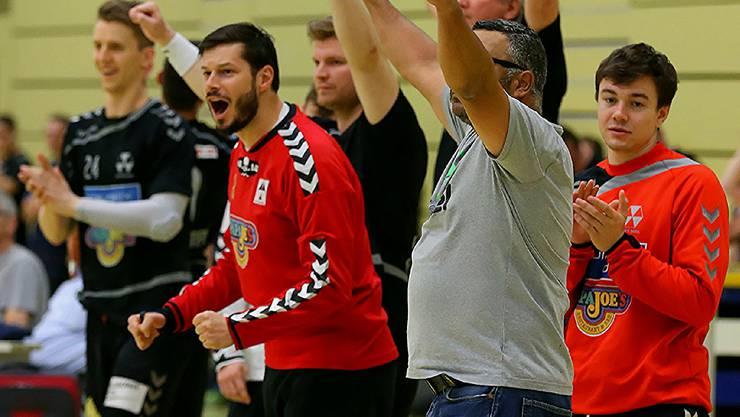 Pascal Stauber (rotes Trikot, links) will den RTV-Abstieg verhindern. Dafür gab er nach zwei Jahren sein Comeback.