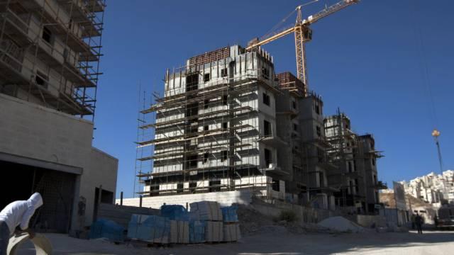 Rege Bautätigkeit im besetzten Ost-Jerusalem (Archiv)