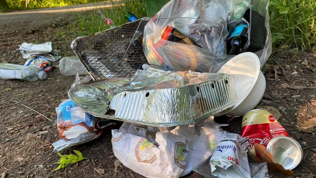 Aareufer-Grillplätze gleichen einer Müllhalde