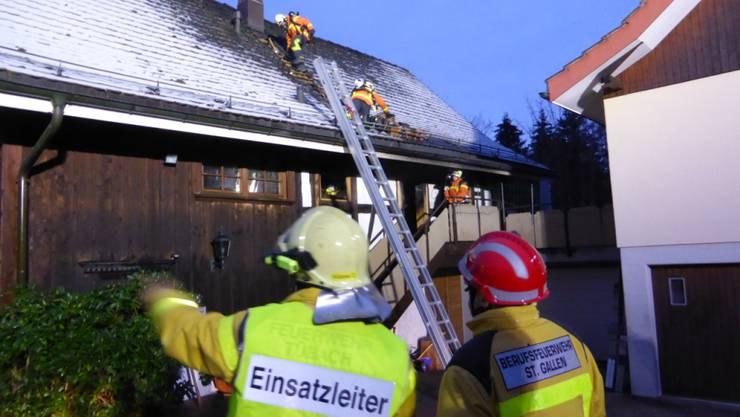 Die Flammen waren in Tübach SG schnell gelöscht, doch der Hund überlebte den Brand nicht.