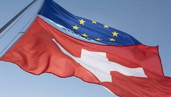 Die Schweiz und die EU: ein enges, aber schwieriges Verhältnis. In einem Jahr muss die Masseneinwanderungsinitiative umgesetzt sein.