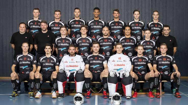 Bei Unihockey Mittelland müssen ganze acht ausfallende Spieler ersetzt werden. Nun setzt Trainer Björn Karlen auf die Flexibilität der Mannschaft.