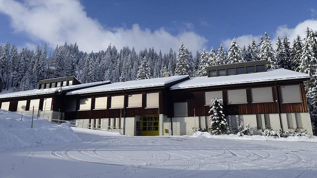 Die Armee stellt das Truppenlager am Glaubenberg im Kanton Obwalden ab Winter für die Unterbringung von Asylsuchenden zur Verfügung. Es liegt auf gut 1400 Meter über Meer. (Archivbild)