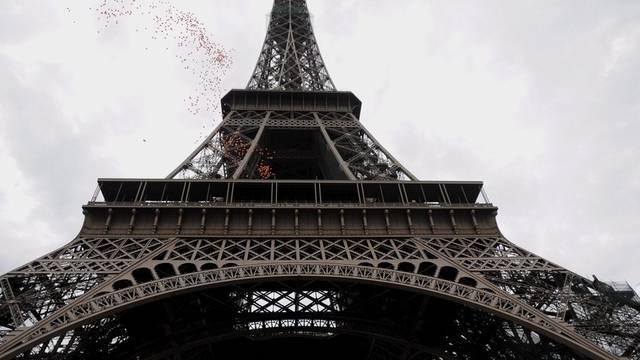Der Eiffelurm in Paris (Symbolbild)