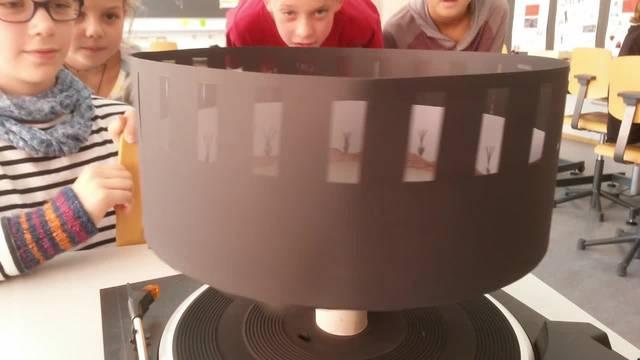 Experiment mit der Wundertrommel: So siehts von Nahem aus.